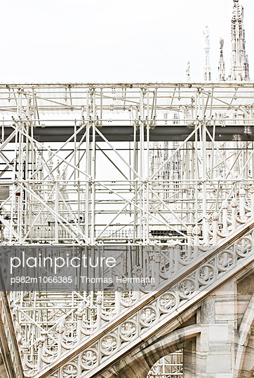 Cathedral of Milano - p982m1066385 by Thomas Herrmann