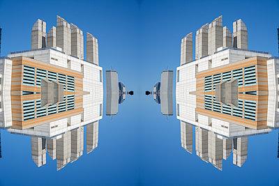 Modern Architecture Kaleidoscope Boston - p401m2257673 by Frank Baquet