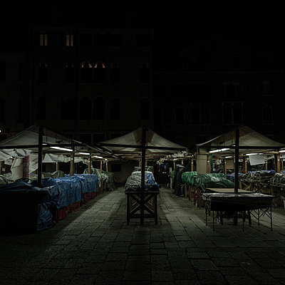 Closed market hall at night, Venice - p1624m2195944 by Gabriela Torres Ruiz
