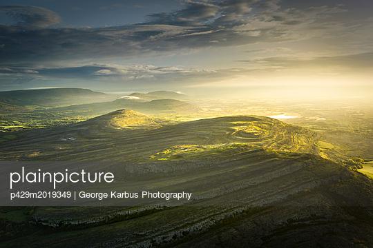 p429m2019349 von George Karbus Photography