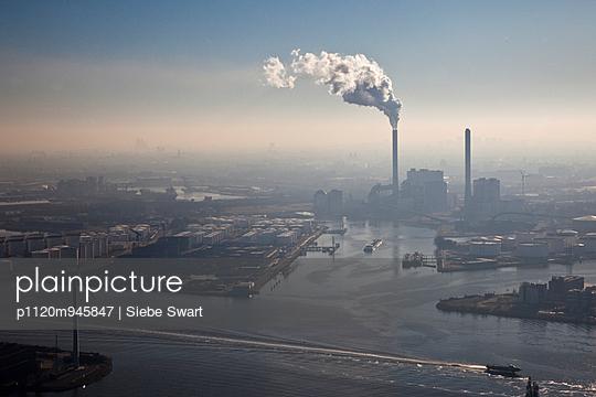 Amsterdam Powerplant  - p1120m945847 by Siebe Swart