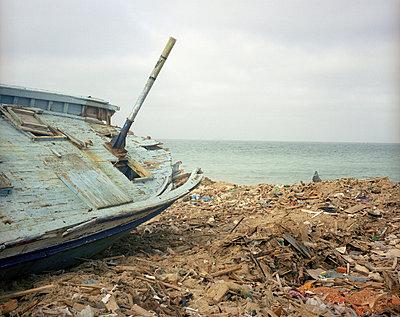 Wreck - p9450111 by aurelia frey