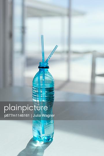 Wasserblau - p877m1146161 von Julia Wagner