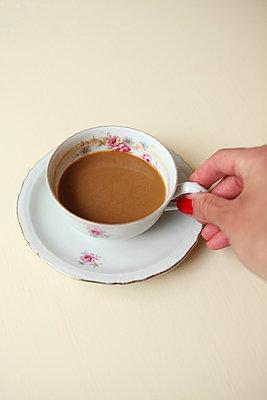 Coffee break - p045m813513 by Jasmin Sander