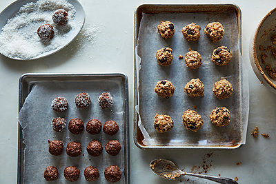 energy balls - p1379m1526350 by James Ransom