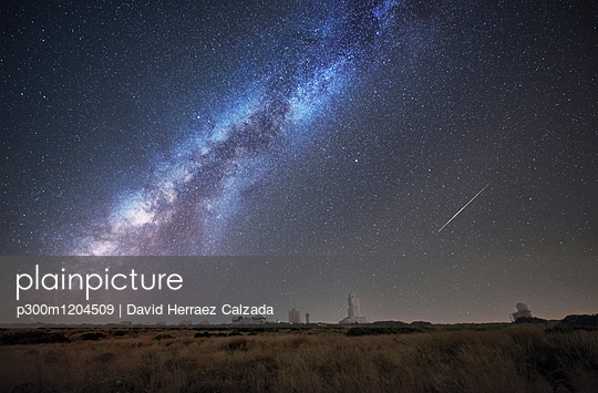 Spain, Tnerife, Milky way and perseid meteor, over Teide Izana astronomical observatory. - p300m1204509 by David Herraez Calzada