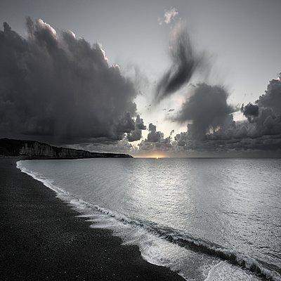 Spektakuläre Wolken - p1137m1201410 von Yann Grancher