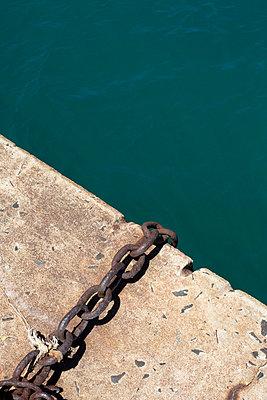 Chain - p975m858456 by Hayden Verry