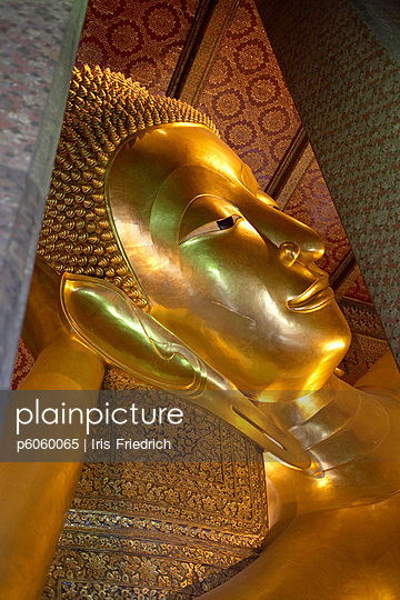 Buddhastatue in Thailand - p6060065 von Iris Friedrich