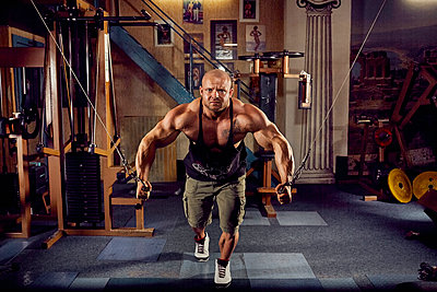 Bodybuilding - p1200m1159338 von Carsten Görling
