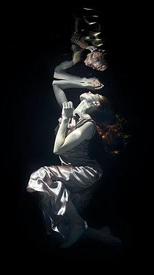 underwater ballet - p1554m2158992 by Tina Gutierrez