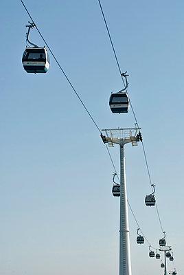 Seilbahn in Lissabon - p229m1170287 von Martin Langer