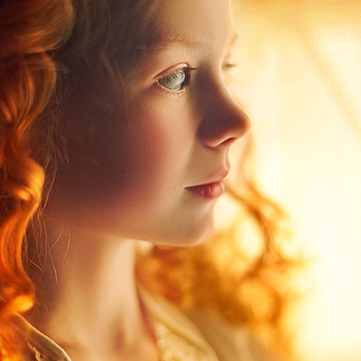 Profile of Caucasian teenage girl with curly hair - p555m1312227 by Vladimir Serov