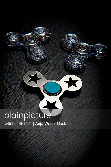 p451m1461531 by Anja Weber-Decker