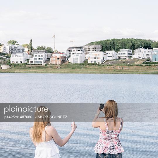 Ufer - p1425m1487060 von JAKOB SCHNETZ