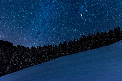 Night sky in the Alps - p282m953191 by Holger Salach