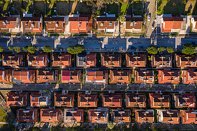 Summer cottages and villas, Long Beach, Kusadasi, drone photography - p1332m2286065 by Tamboly