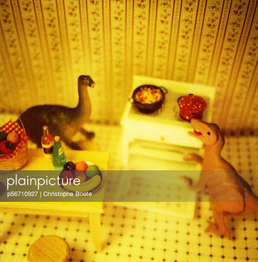 Dinosaurs at home - p56710927 by Christophe Boete