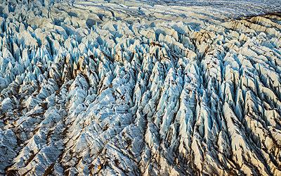 Detail of Torre glacier in Los Glaciares National Park, Patagonia, Argentina - p429m1495996 by Manuel Sulzer