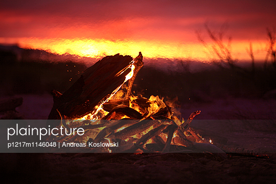 Bonfire - p1217m1146048 von Andreas Koslowski
