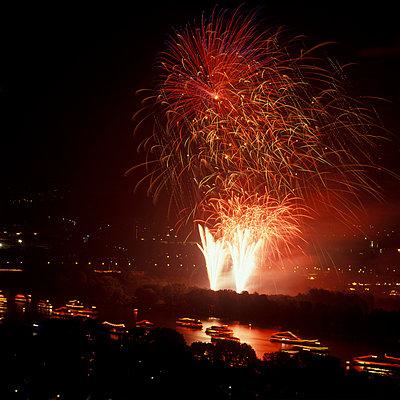 Rhein in Flammen - p2200058 von Kai Jabs