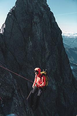 Climber on Tantalus Traverse, a classic alpine traverse close to Squamish, British Columbia, Canada - p924m2271162 by Alex Eggermont