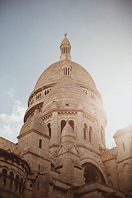 Montmartre;  Paris - p946m779237 by Maren Becker
