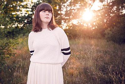 Sunset girl - p1507m2028437 by Emma Grann