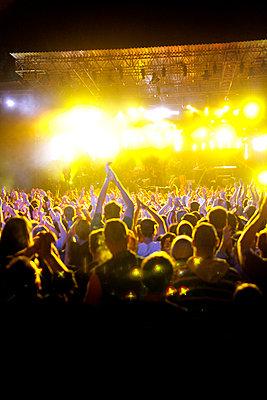 Live-Konzert auf dem Halderner Open Air Festival - p2280411 von photocake.de