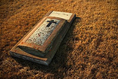 Grave stone - p4422038f by Design Pics