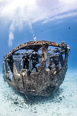 Felipe Xicoténcatl C-53 Wreck, Cozumel, Quintana Roo, Mexico - p924m2058182 by Ken Kiefer 2