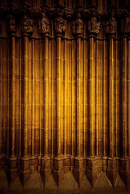 Architekturdetail in Gotischen Stil - p248m2107534 von BY