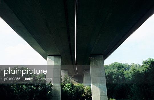 Unter der Brücke - p0190255 von Hartmut Gerbsch