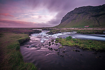 Somewhere in Iceland - p1512m2037932 von Katrin Frohns