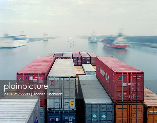 Containerschiff - p1016m755509 von Jochen Knobloch
