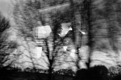 Inside trip - p1411m1492229 by Florent Drillon