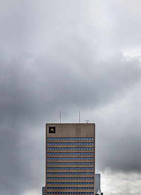 Hidden Beauty, Rotterdam - p1256m2108637 by Sandra Jordan
