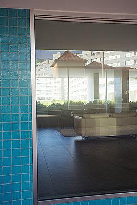 Hochhaus - p432m951851 von mia takahara