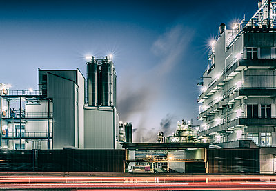 Chemical industrial plant - p401m2228371 by Frank Baquet