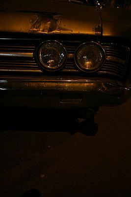 amischlitten kuehlergrill scheinwerfer - p6270070 von bobsairport
