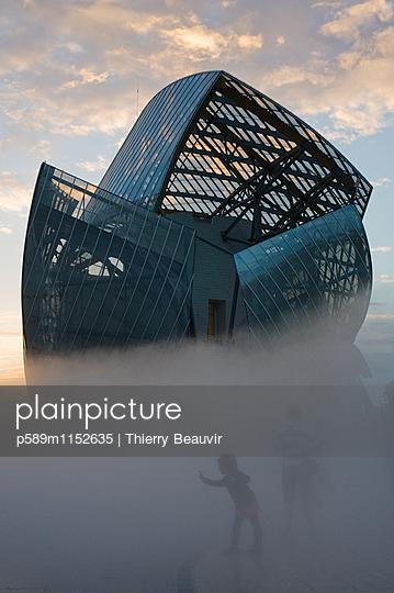p589m1152635 von Thierry Beauvir