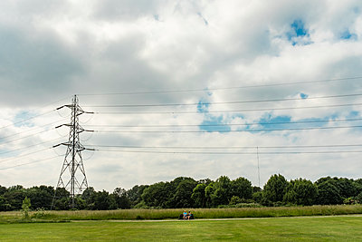 Pylon and people - p1291m1586696 by Marcus Bastel