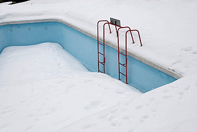 Snow-covered swimming pool  - p260m1161240 by Frank Dan Hofacker