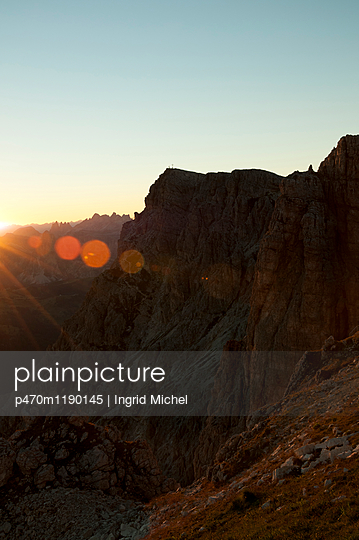 Wandern in den Dolomiten - p470m1190145 von Ingrid Michel