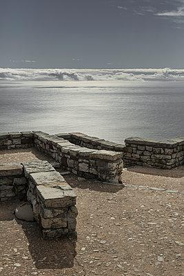 Über den Wolken - p877m1146171 von Julia Wagner