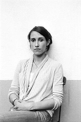 Portrait of short-haired woman - p1648m2237573 by KOLETZKI