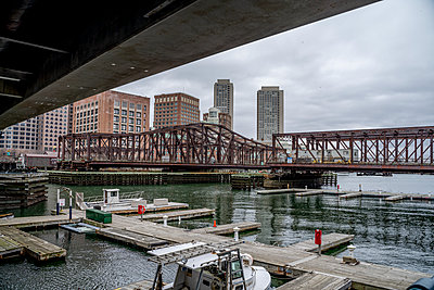 Boston Seaport USA - p401m2230513 by Frank Baquet