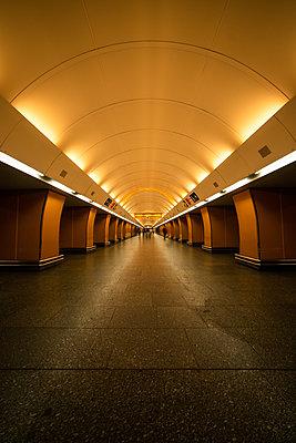 Interior view of corridor in underground station, Prague city - p623m2271897 by Pablo Camacho