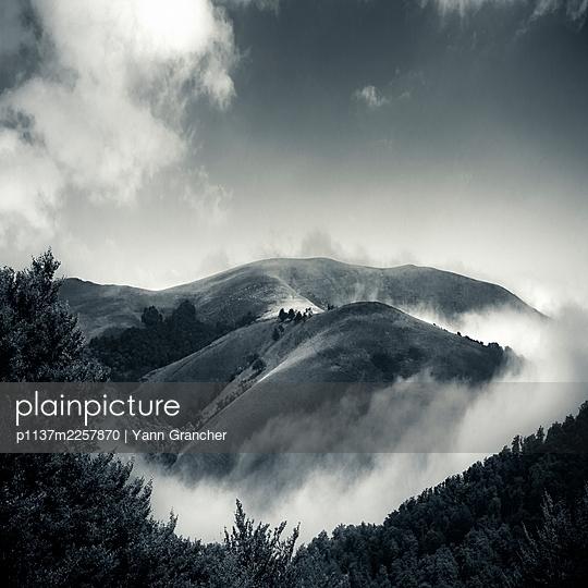 France, Mountain view - p1137m2257870 by Yann Grancher