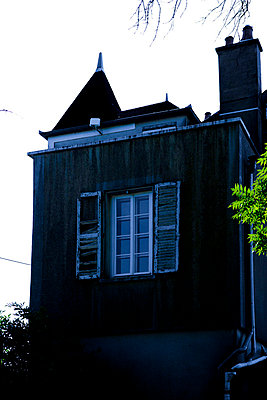Facade of a castle - p248m710448 by BY
